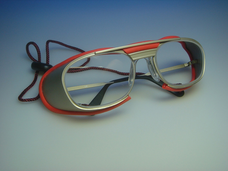 Laser safety, Laser safety eyewear